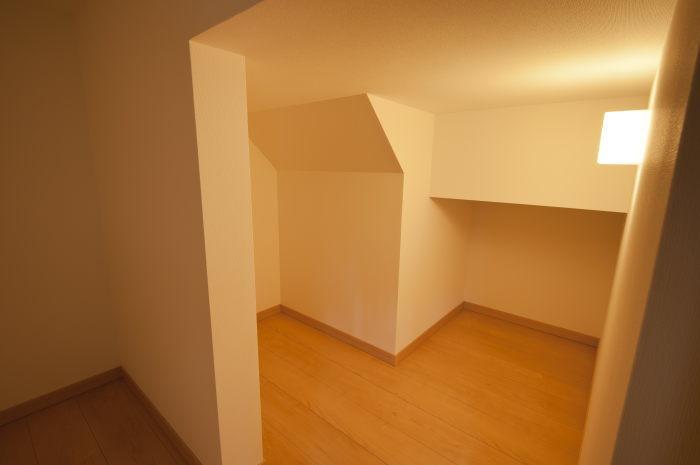 桜井市T様邸階段下収納