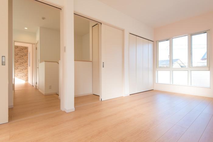 将来2部屋に変更可能な洋室にもそれぞれ収納が