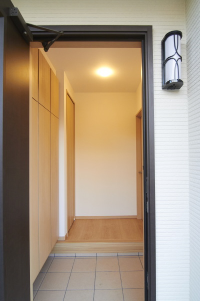 大容量の玄関収納がある玄関