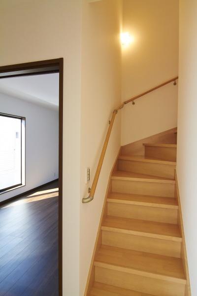 小屋裏固定階段