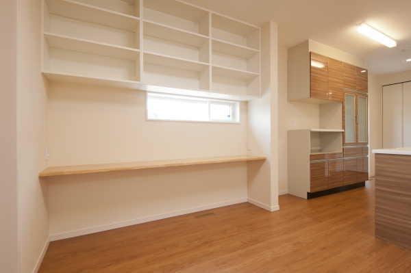 キッチン横勉強スペース