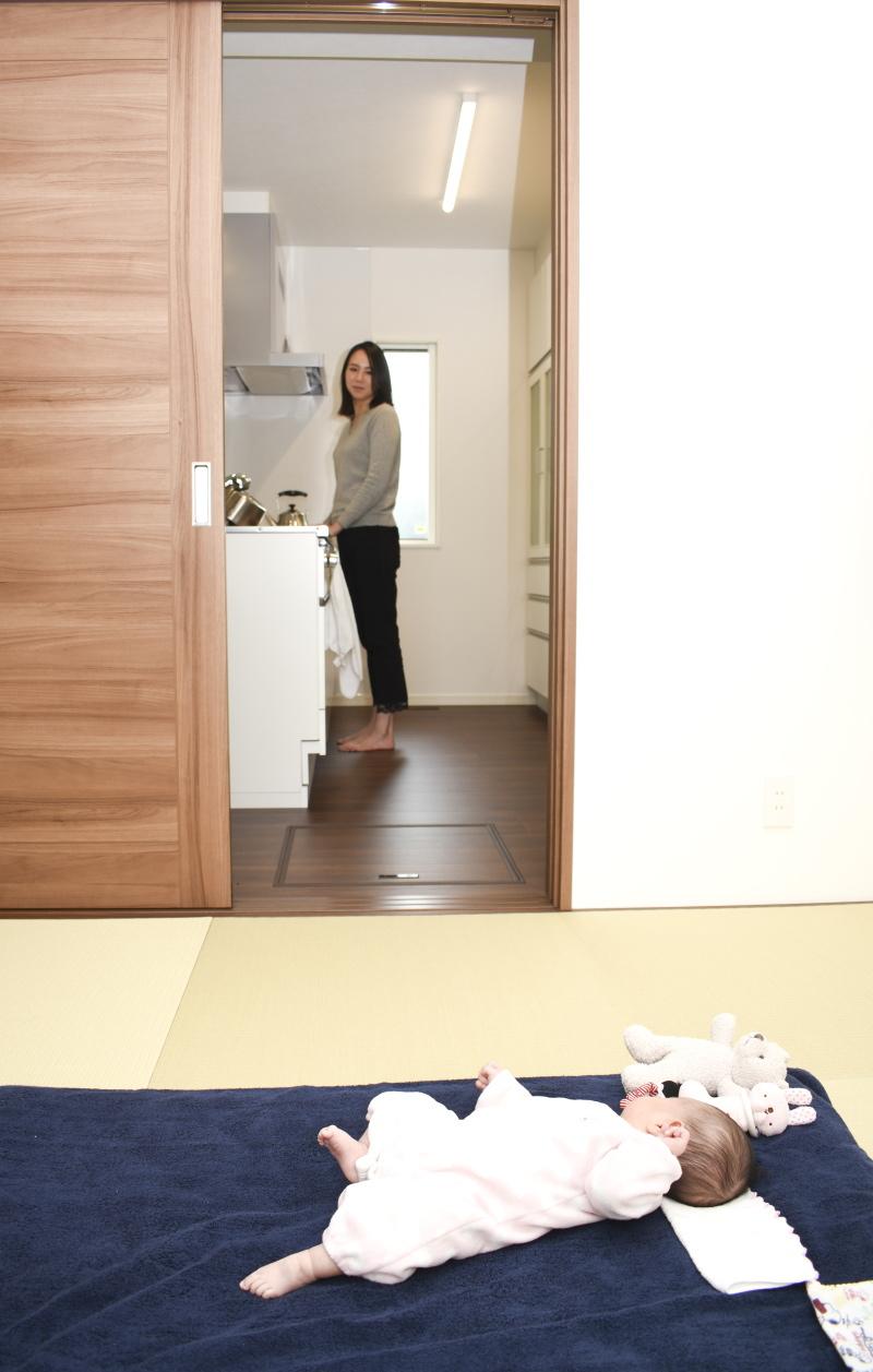 和室からキッチン