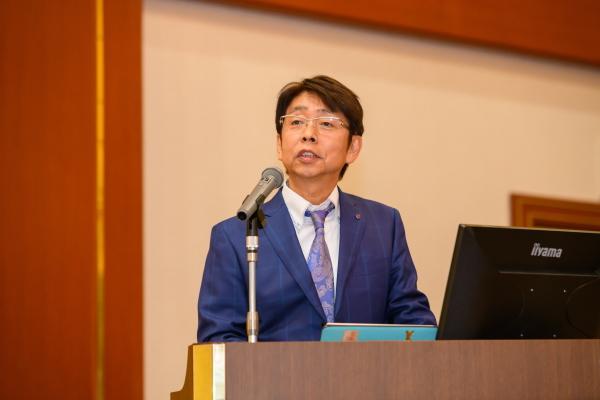谷手社長中期経営計画発表