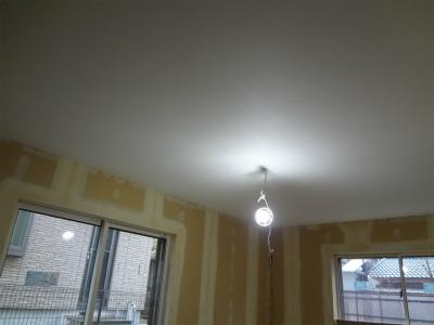 天井部分のクロス施工完了