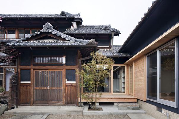 佐紀町の家