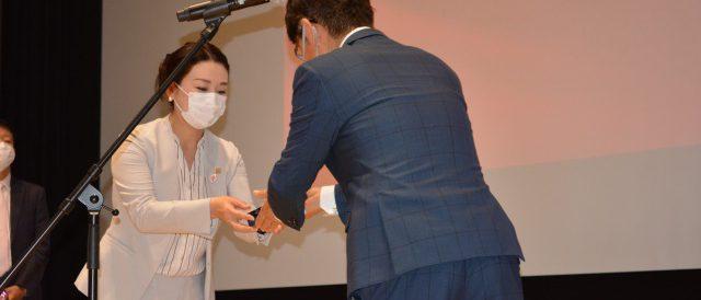 優秀営業賞に選ばれたクレバリーホーム橿原店店長の石山尚子